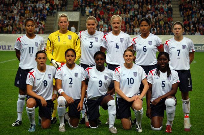 england�s women provide bigger draw