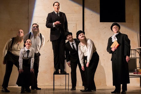 nicholas-lester-as-josef-k-with-the-cast-of-the-trial-scottish-opera-2017-credit-james-glossop-2